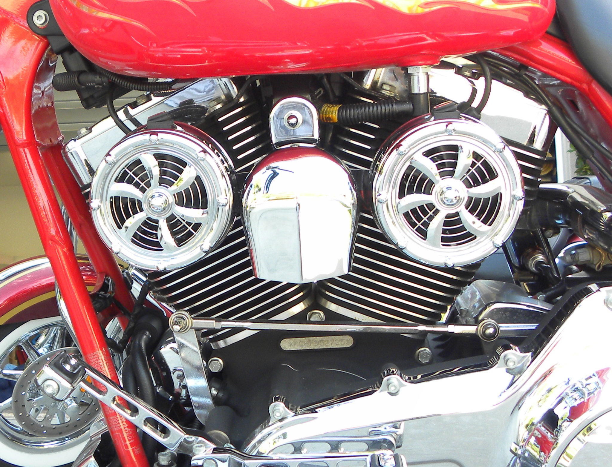 Harley Engine Cooler : Keep your cool love jugs harley cooling fans dennis
